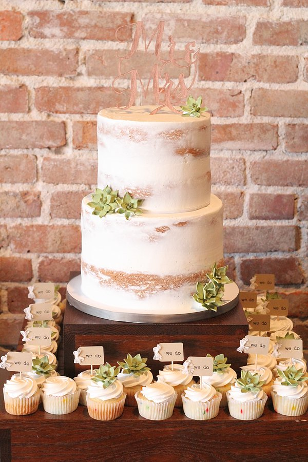 Naked Wedding Cakes Missouri