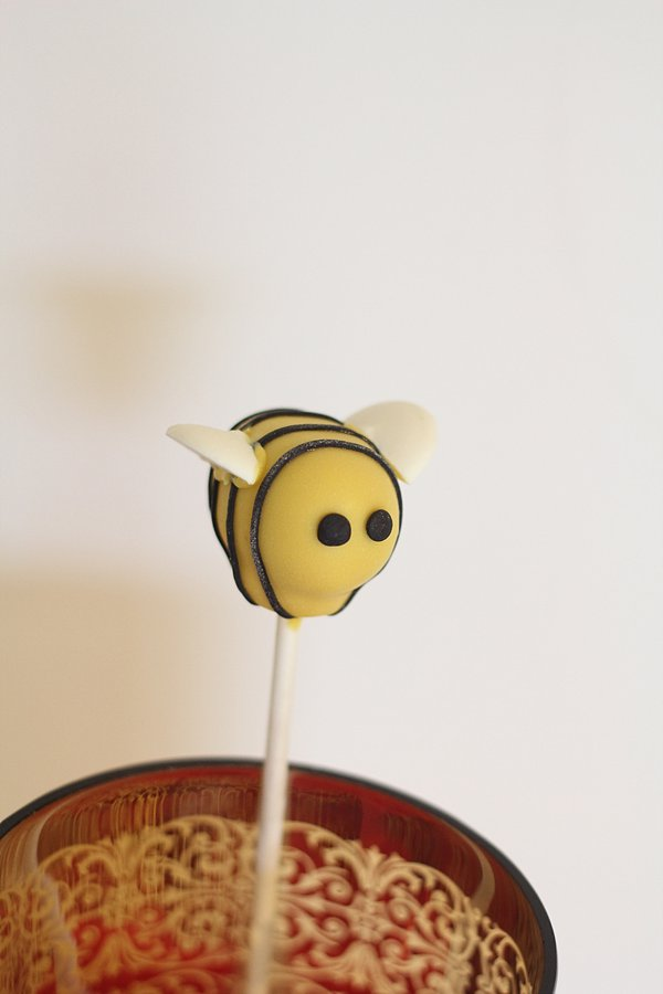 Bumble Bee Cake Pops Springfield MO