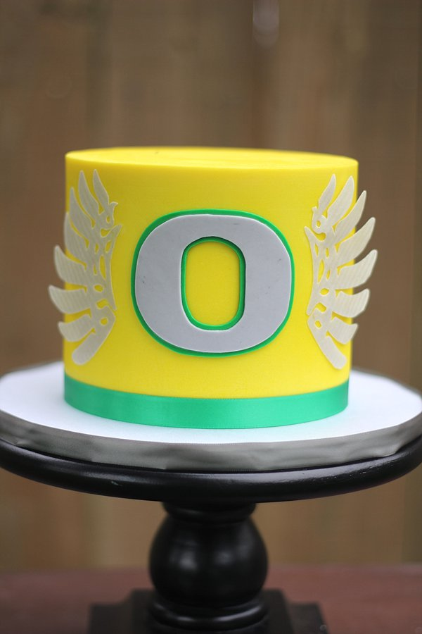 Oregon Ducks Groom's Cakes Springfield MO
