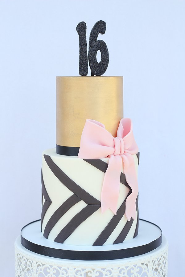 Gold Black 16 Birthday Cakes Missouri